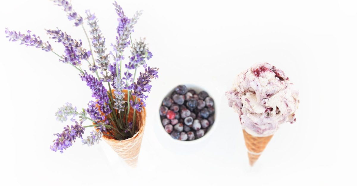 Summer.  Thinking ice cream?  If you are in Winnipeg, head down to Chaeban in South Osborne